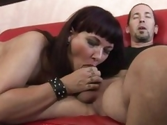 Luscious Carrie Ann wraps her lips around a biggest pecker