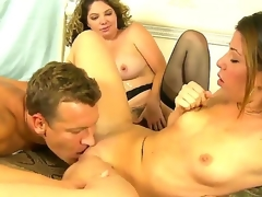 Lusty blonde Kiki Daire and cute Mia Gold with slender body and small whoppers engulf the same hard beefy pecker in this 3some sex with a lusty hunk in their bedroom and have joy