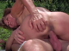 Ilona is a sex obsessed aged woman that receives her many times used desirous love tunnel banged again by her youthful fuck buddy in the open air. That babe receives her cunt screwed by his subrigid dick in nature