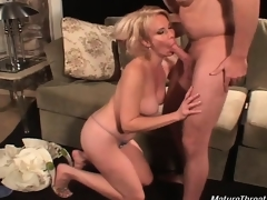 Very sexy and sexy blonde slut for her age gives great