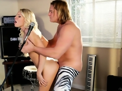 Enchanting pornstar Vanessa Cage's real talent is to sing on this guy's microphone