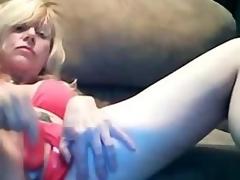 Glamorous Blond Mom Dildoing Creamy Pussy