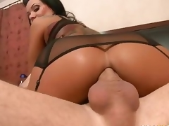 Gorgeous MILF Sienna West enjoys booty fucking